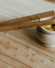 natural-bamboo-fine-tongs-eco-toys